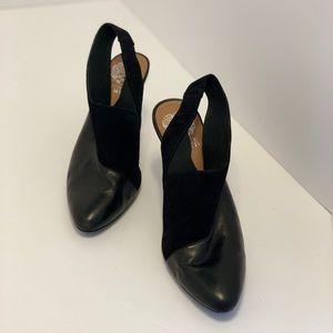 Vince Camuto — Black Heels (7.5)